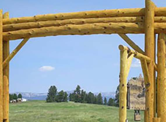 Custom Log Gates And Entries Builder Island Park And West Yellowstone 1